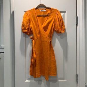 Zara orange puffy sleeve linen dress